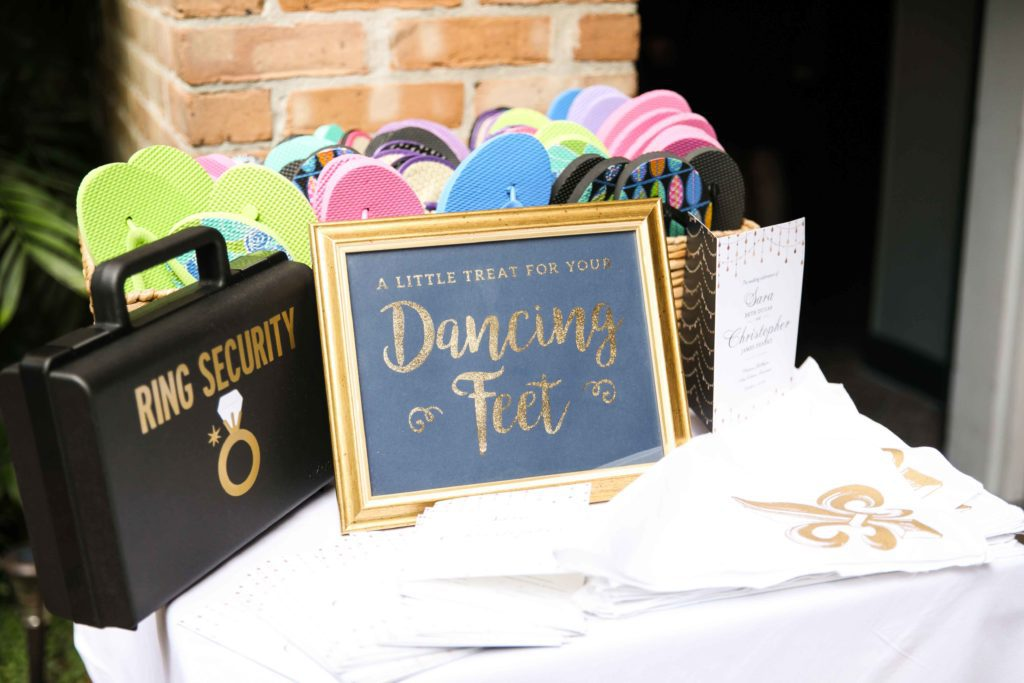 A flip flop station for guests at the wedding.