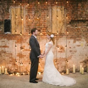 REAL WEDDING:: DAWN + MICHAEL (Under The Candlelight)