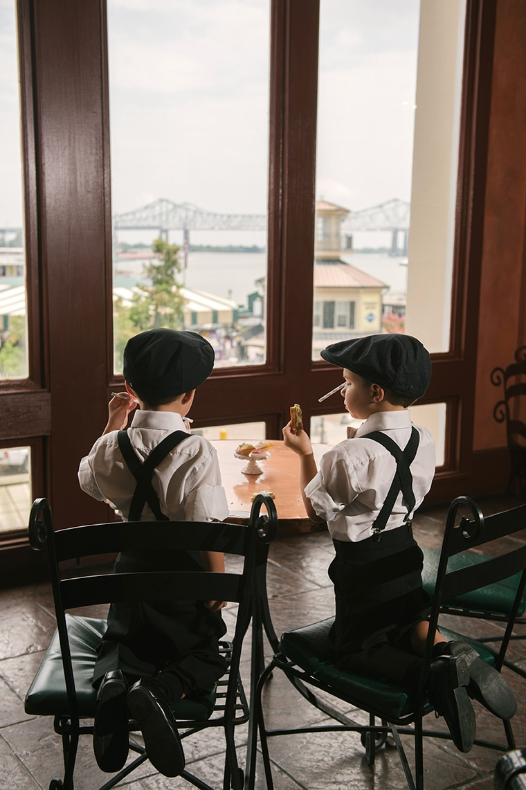 Ring bearers enjoy the view of the Mississippi River at Pat O's. Photo: Lauren Carroll Photography