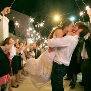 REAL WEDDINGS:: DANIELLE + CHRIS {Must Be Doing Something Right}