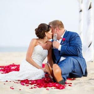 REAL WEDDING :: CANDICE + MATTHEW {Paradise Found}