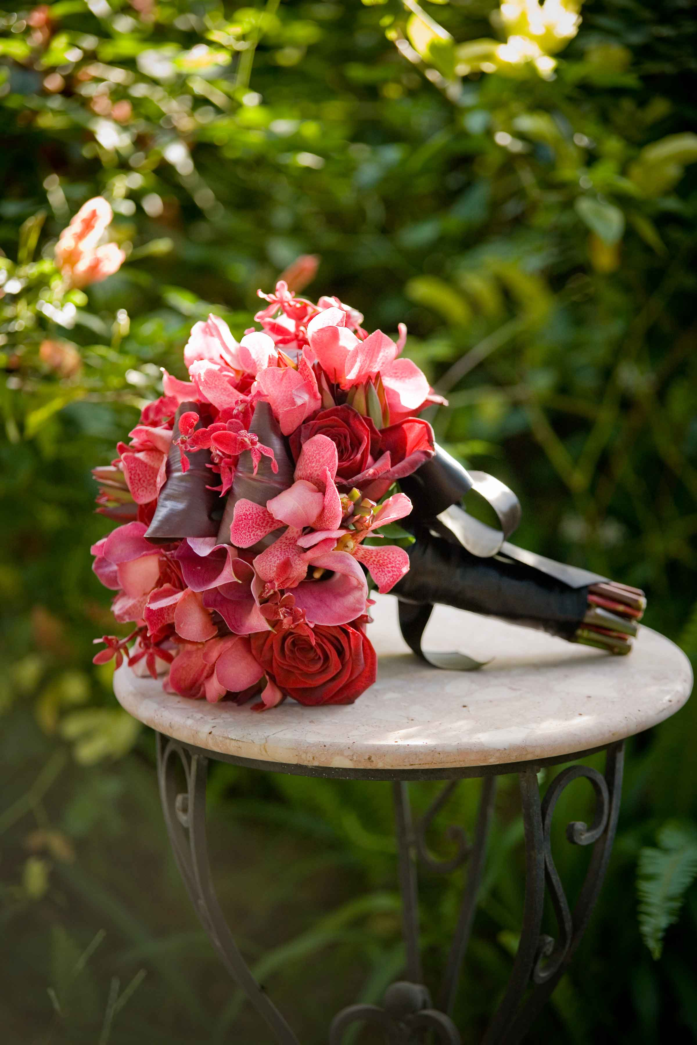 Colors Worth Catching – Red Bouquets