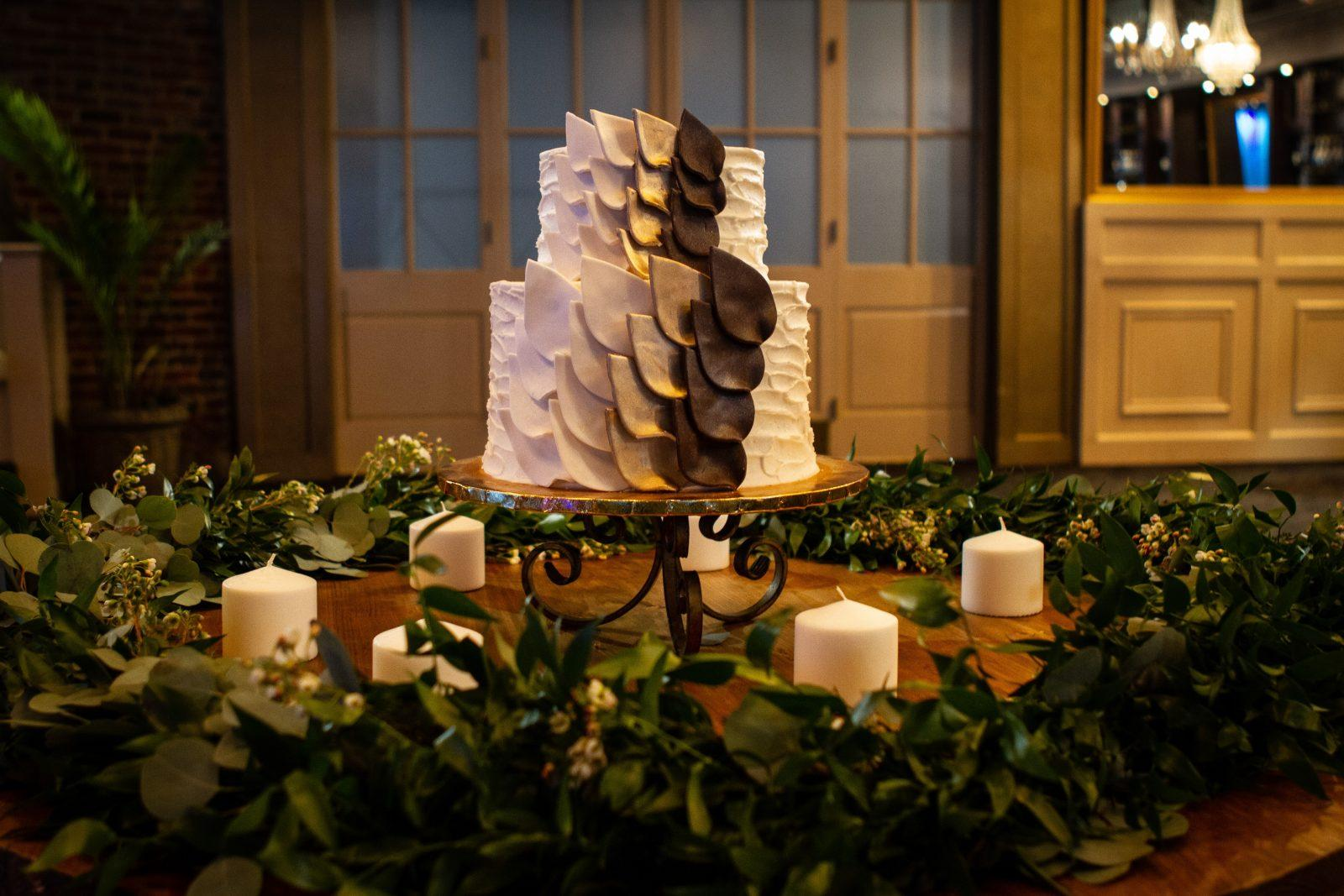 Gambino's Bakery wedding cake: Photo: Jessica The Photographer