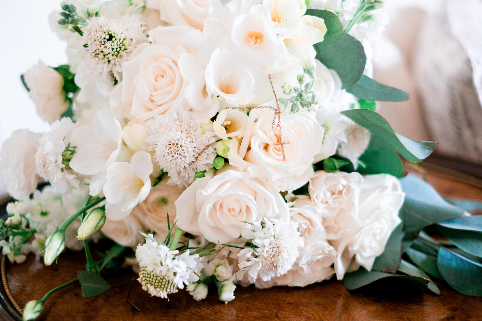 Ivory bridal bouquet by Mitch's Flowers