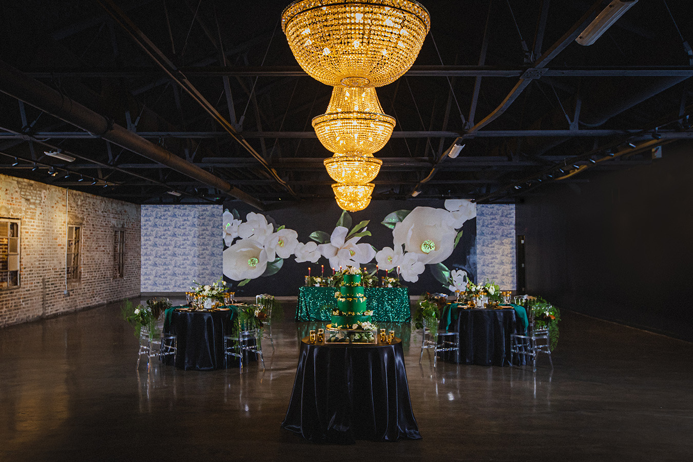 Styled Wedding Reception At The Parlor At The Pontchartrain Hotel | Photo By Brian Jarreau Photography