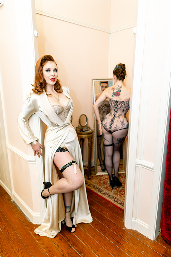 Contour: Corsetry In Modern Fashion