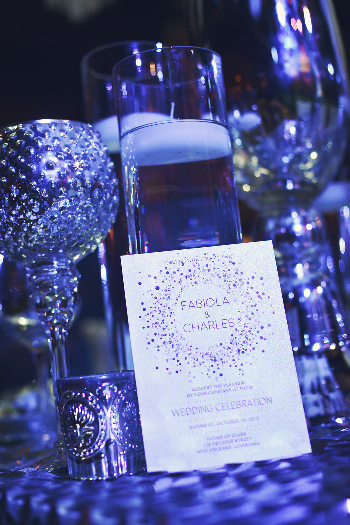 These invitations with a glitter theme set the tone for the event perfectly.