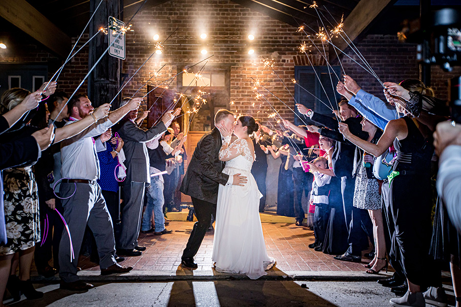 REAL WEDDING:: JENNIFER SIMS + JASON HATCHER {Destination NOLA Party}