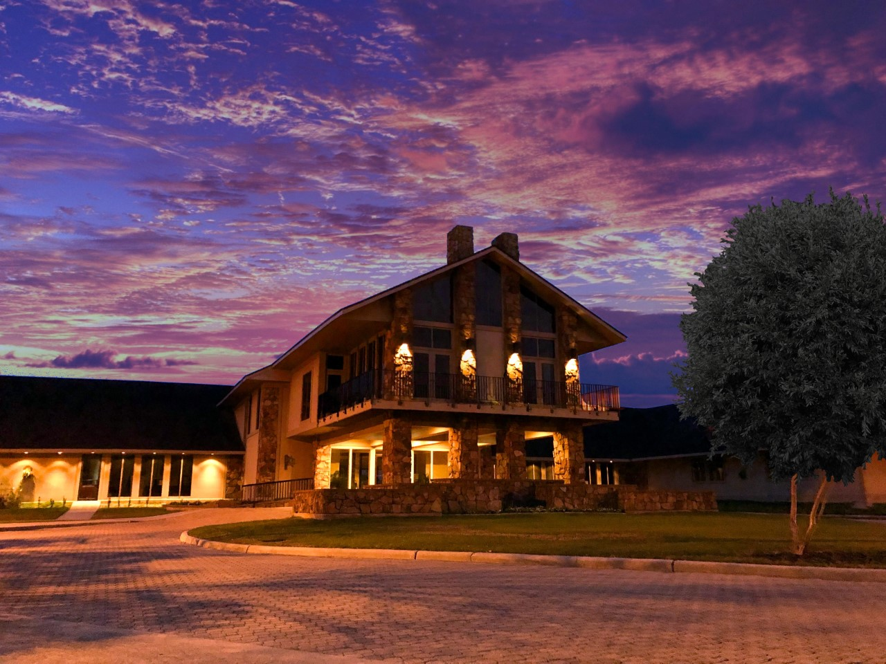 Stonebridge Golf Club exterior.