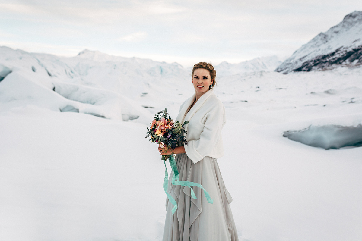 Glacier styled shoot bride with bouquet. Photo: Anne Marie Moran