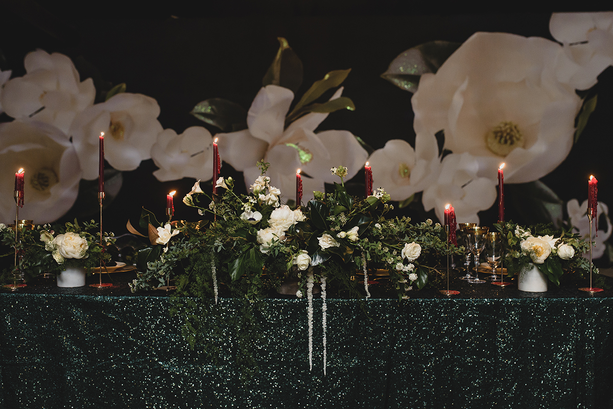 A luxurious styled reception table at The Pontchartrain Hotel in New Orleans. Photo: The Swansons