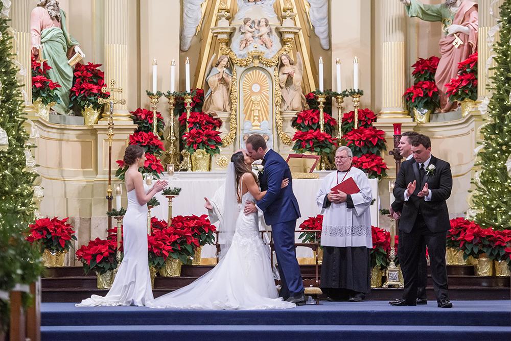 bride groom first kiss
