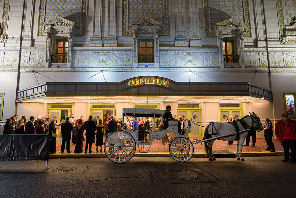 horse and carriage outside the orpheum
