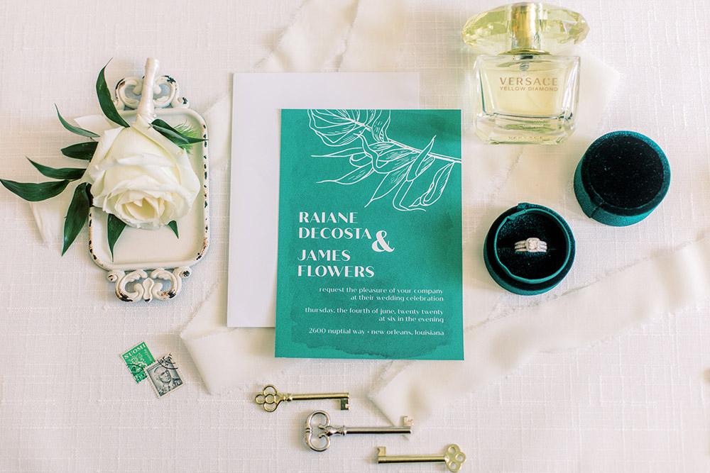 Emerald wedding invitation by Melismatic Designs, LLC. Photo: Ashley Kristen Photography