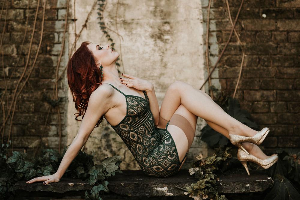 Poison Ivy Fantasy Boudoir