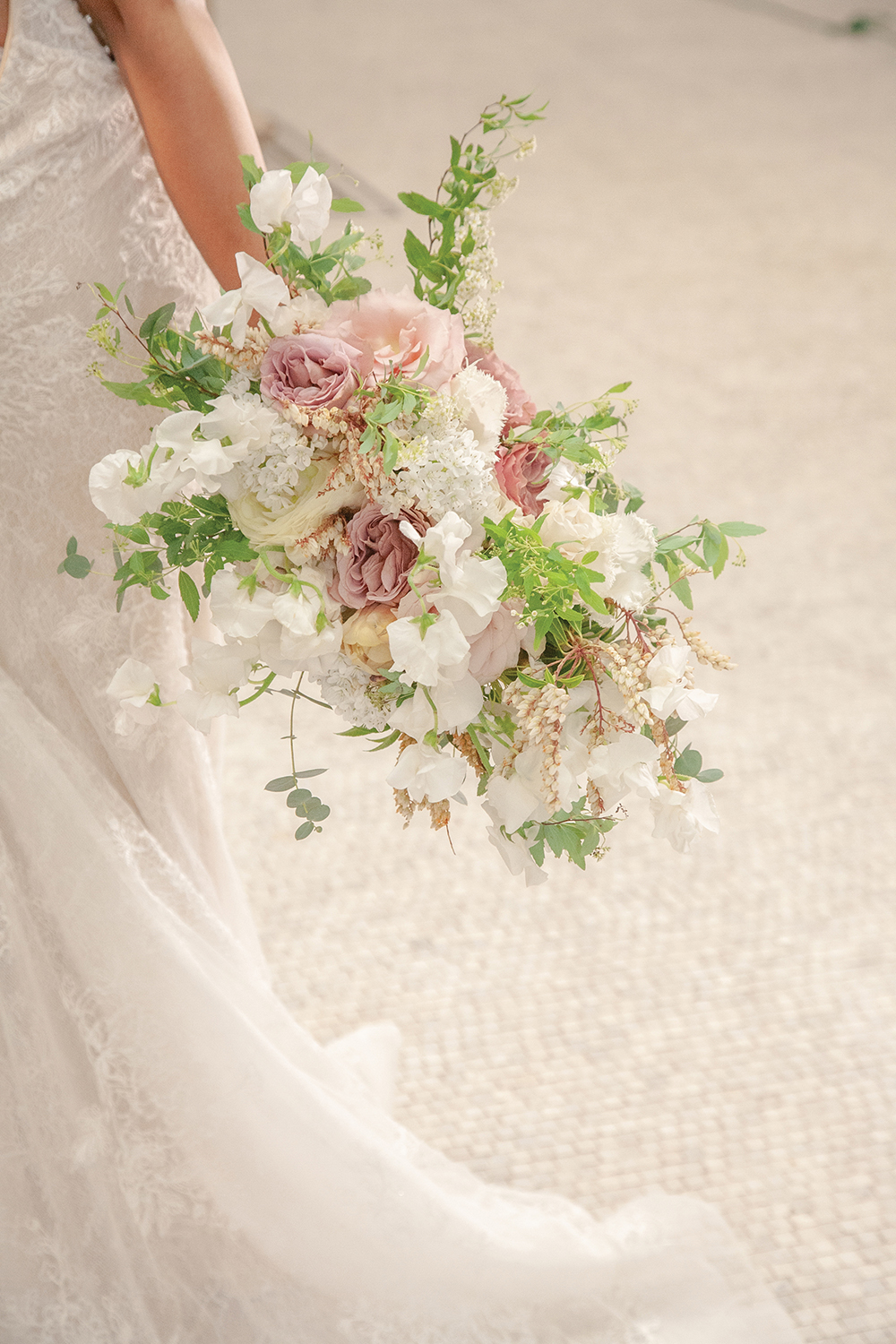 Spring blush and ivory bouquet by Hummingbird Floral Studio