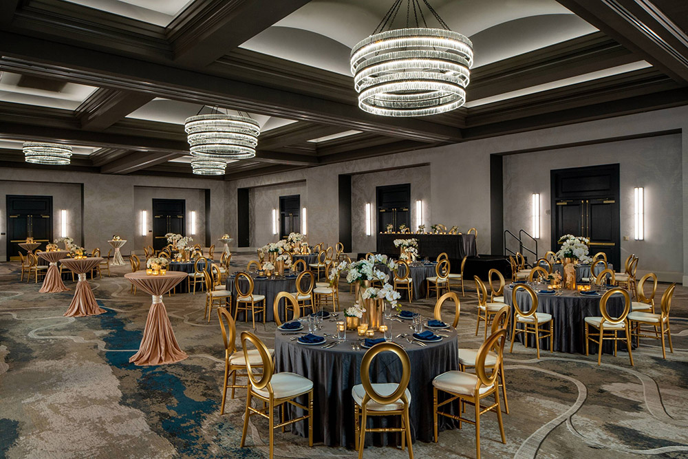 New Orleans Marriott Warehouse Arts District Ballroom Wedding Reception