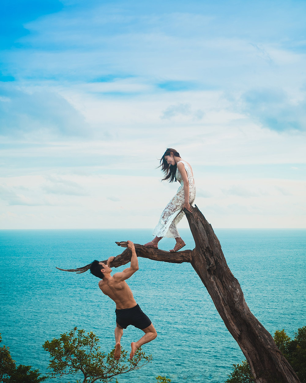 Honeymooners in paradise Photo: unsplash