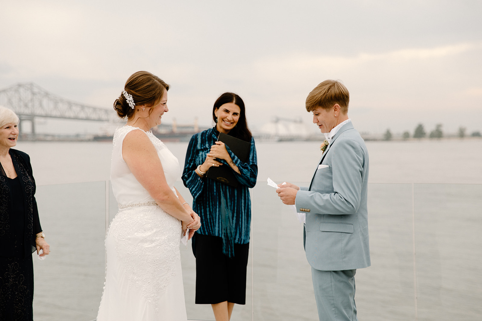 wedding ceremony on Mississippi Riverfront