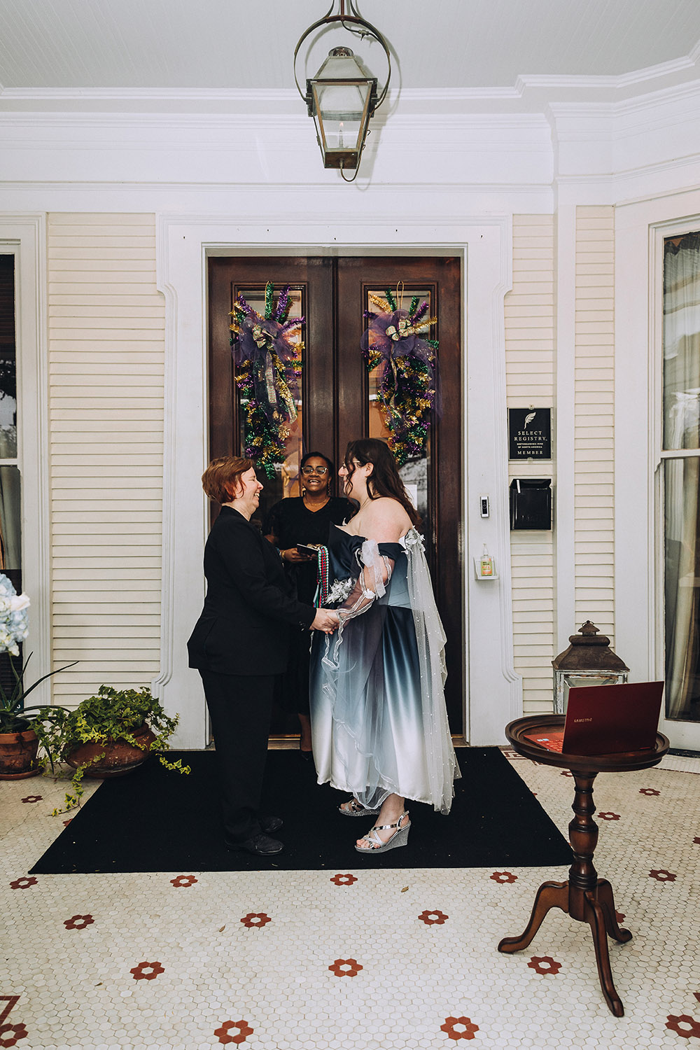 the wedding ceremony at Canal Street Inn in New Orleans
