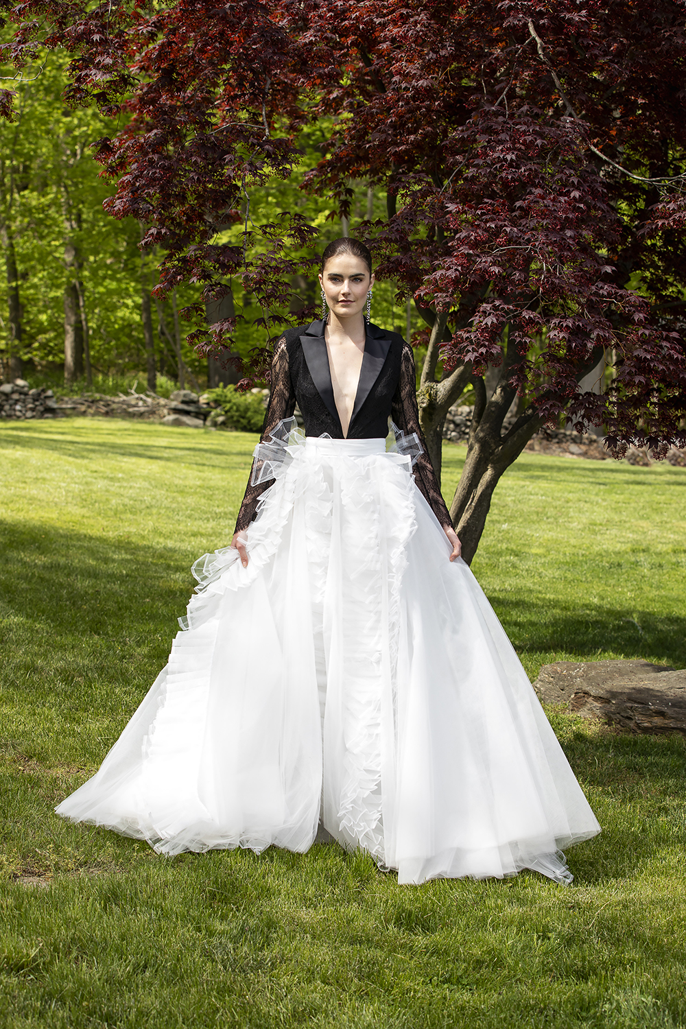CROPPED LACE TUXEDO BODICE WITH ORGANZA AND TULLE BALL SKIRT BY CHRISTIAN SIRIANO