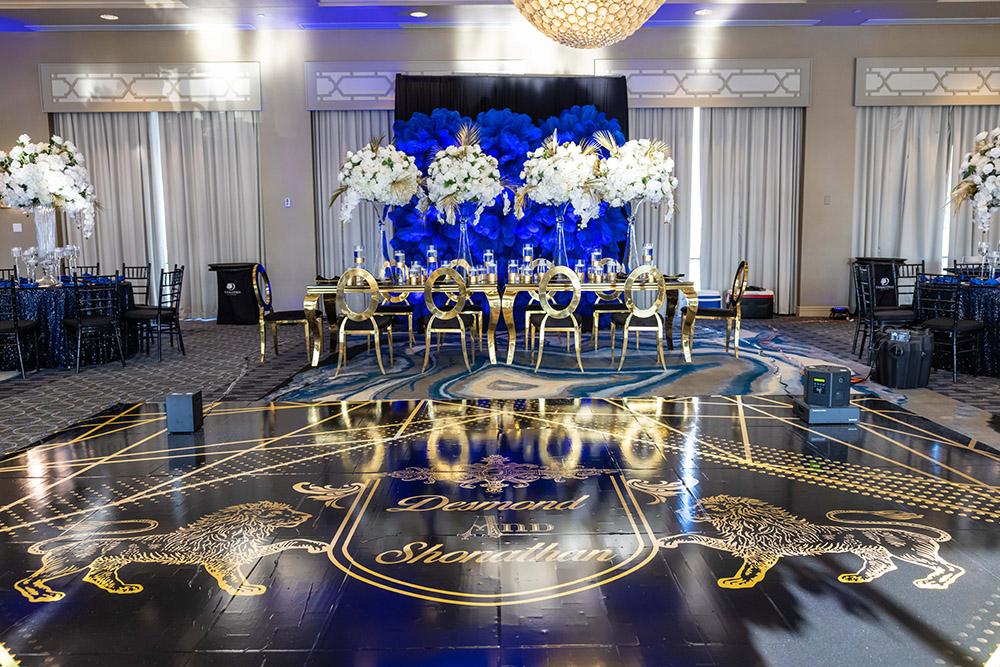 luxury blue and gold wedding decor