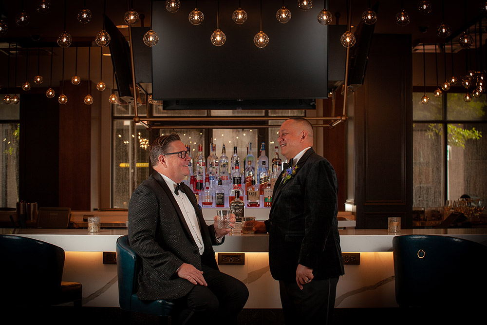Jonathan and Shawn enjoy drinks at the New Orleans Marriott Warehouse Arts District Lobby Bar