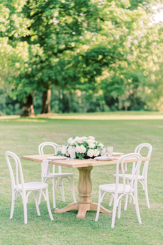 bistro wedding setting