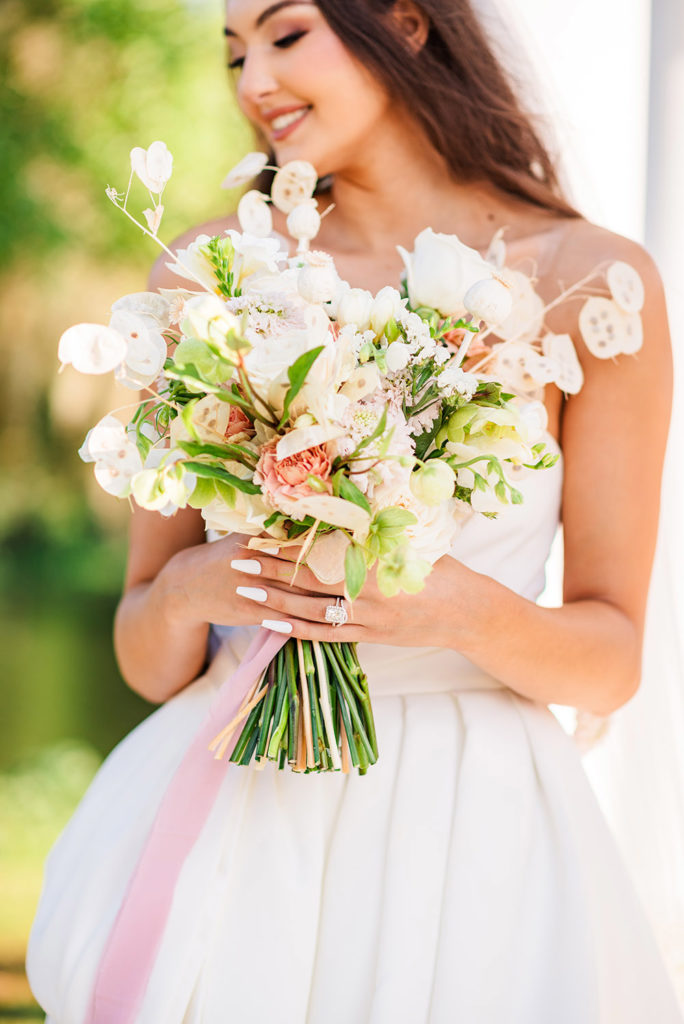 Ivory and blush bridal bouquet
