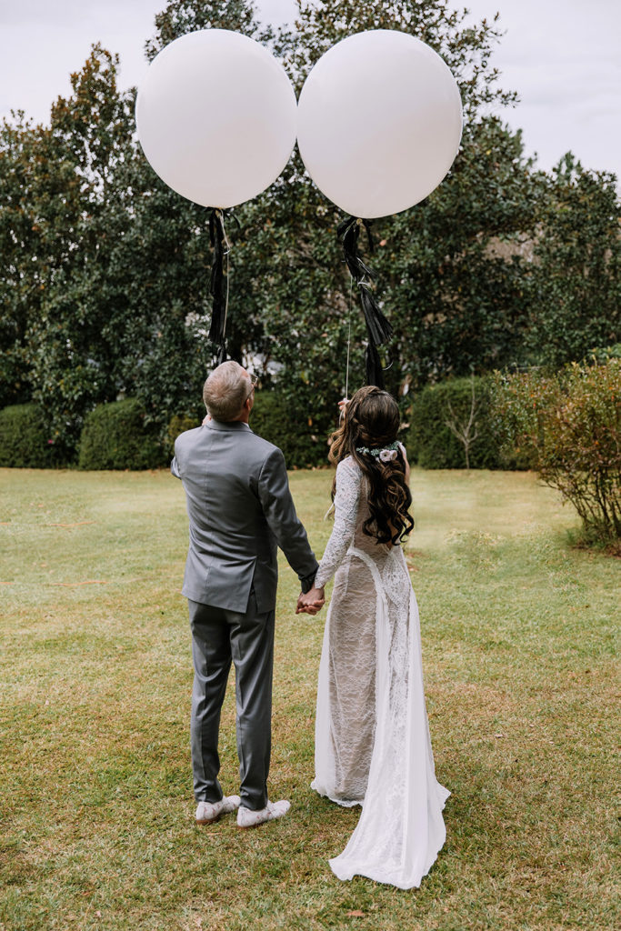 wedding balloon release