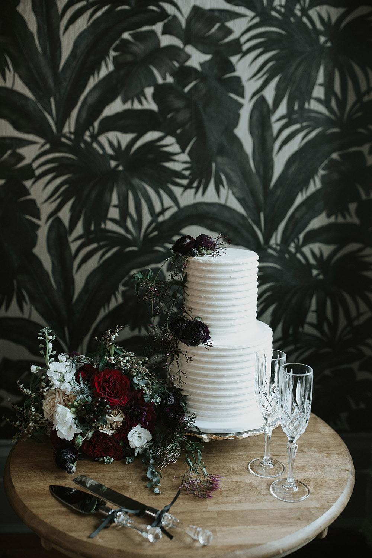 micro wedding cake new orleans